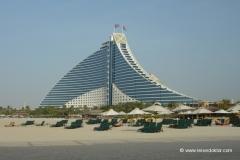 dubai-jumeirah-beach-hotel