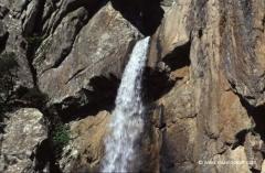 korsika-reisen-wasserfall