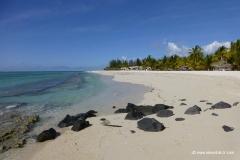 strand-le-morne-mauritius