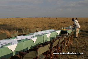 Sektfrühstück Masai Mara