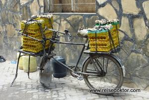 Straßenszene in Kenia