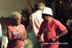 Bar auf Kuba, Nachtleben