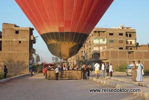 Ballonlandung in Luxor