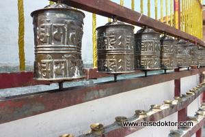 Gebetsmühlen, Tempel in Nepal