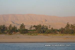 Nilkreuzfahrt Uferlandschaft
