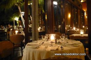 Abendbuffet im Dinarobin Hotel