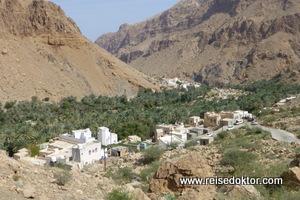 Dorf im Wadi Tiwi