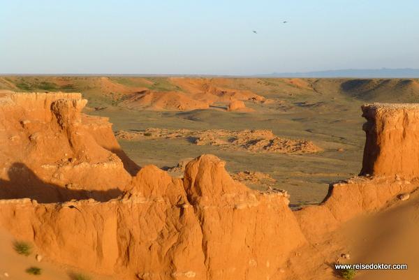 Red Cliffs in der Mongolei