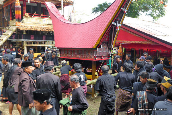 Begräbnis Tana Toraja