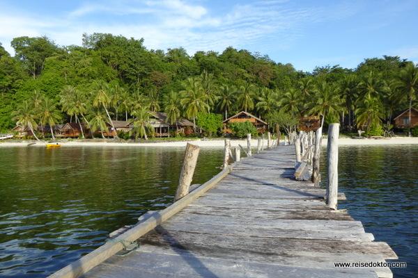 Togian Island Retreat Hotel