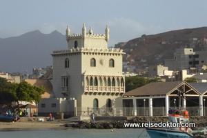 Die Hafenstadt Mindelo auf São Vicente