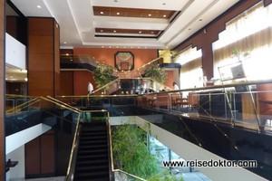 Lobby Trident Hotel