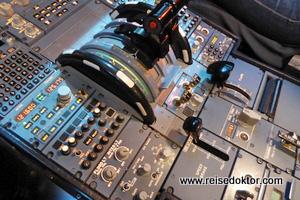 Austrian Airlines Cockpit
