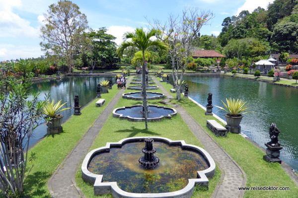 Tirtagangga auf Bali