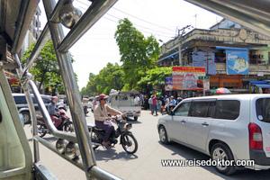 Myanmar Taxifahrt