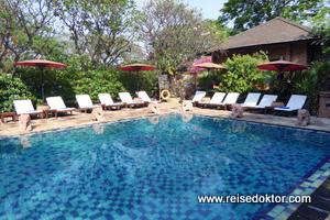 Pool Tharabar Gate Hotel