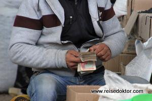 Som Geld in Usbekistan