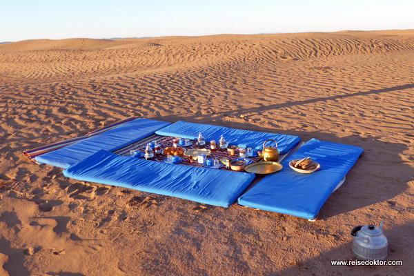 Frühstück in der Wüste