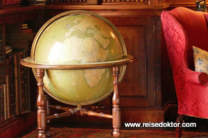 Dunrobin Castle Globus